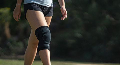 Woman wearing an EME Brace