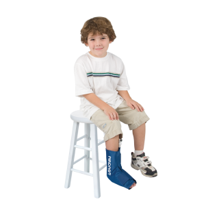 Aircast Pediatric Ankle Cryo/Cuff - On ankle