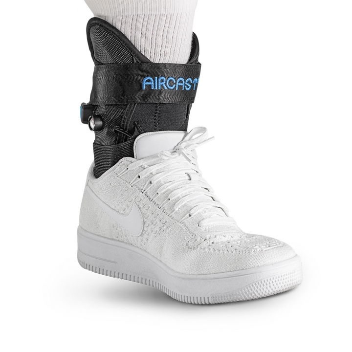 Aircast AirLift PTTD Brace - On Ankle w/sock